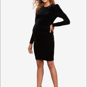 🖤🤰🏼Motherhood Maternity LBD Black Velvet Dress